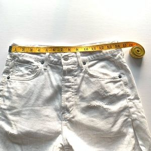 CITIZENS OF HUMANITY white cut off denim shorts,24